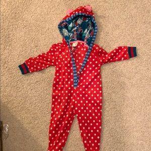 Hooded pajamas